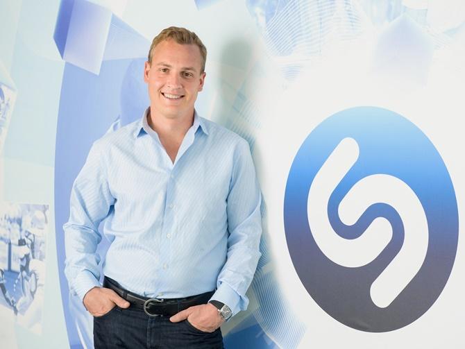 Apple hỏi mua Shazam với giá 400 triệu USD