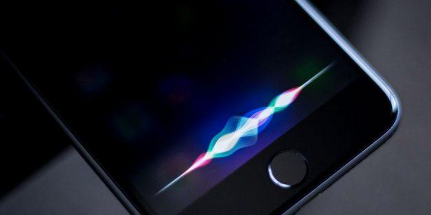 """Apple phát triển cách giao tiếp """"thì thầm"""" với Siri khi gặp tình huống nhạy cảm"""