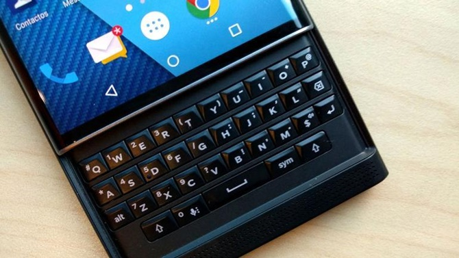 BlackBerry chính thức chấm dứt hỗ trợ cho Priv, phác thảo kế hoạch mới cho BB10