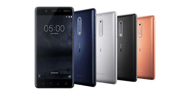 """Nokia 5 bị mang lên thớt thử nghiệm độ bền: Liệu có còn """"nồi đồng cối đá""""?"""