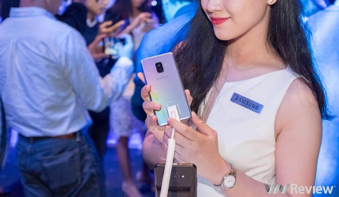 Samsung Galaxy A8 và A8+ với camera selfie kép sẽ bán ra tại Việt Nam từ 6/1, giá từ 11 triệu đồng