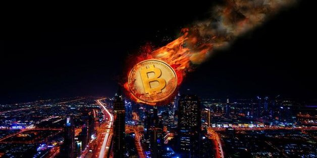 Bitcoin giảm tới 35% giá trị, xuống còn dưới 13.000 USD: Giáng sinh buồn cho các nhà đầu tư?