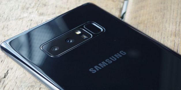 Galaxy Note8 vừa đánh bại iPhone X tại thị trường Hàn Quốc
