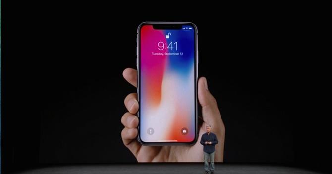 Bất chấp tất cả, iPhone X vẫn nhận được mức độ hài lòng cao của người dùng