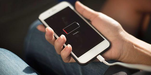 Apple công bố 7 dấu hiệu cho thấy iPhone bị làm chậm do pin chai