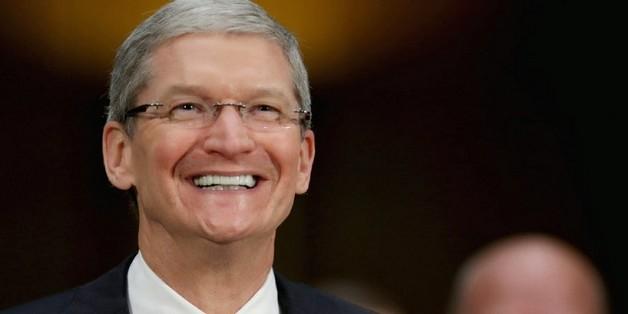 Apple lãi lớn, Tim Cook kiếm được 102 triệu USD/năm nhưng vẫn hưởng lương thấp hơn nhân viên