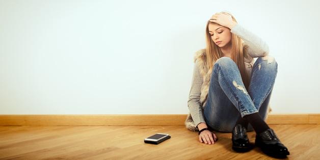 Nghiên cứu về chứng sợ hãi điện thoại - một căn bệnh của thời đại số