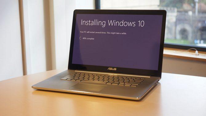 Sau nhiều lần hù dọa, Microsoft vẫn cho nâng cấp lên Windows 10 miễn phí