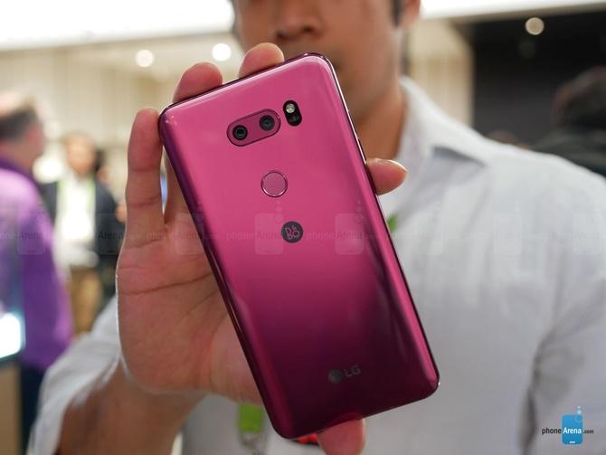 Video trên tay LG V30 Raspberry Gold