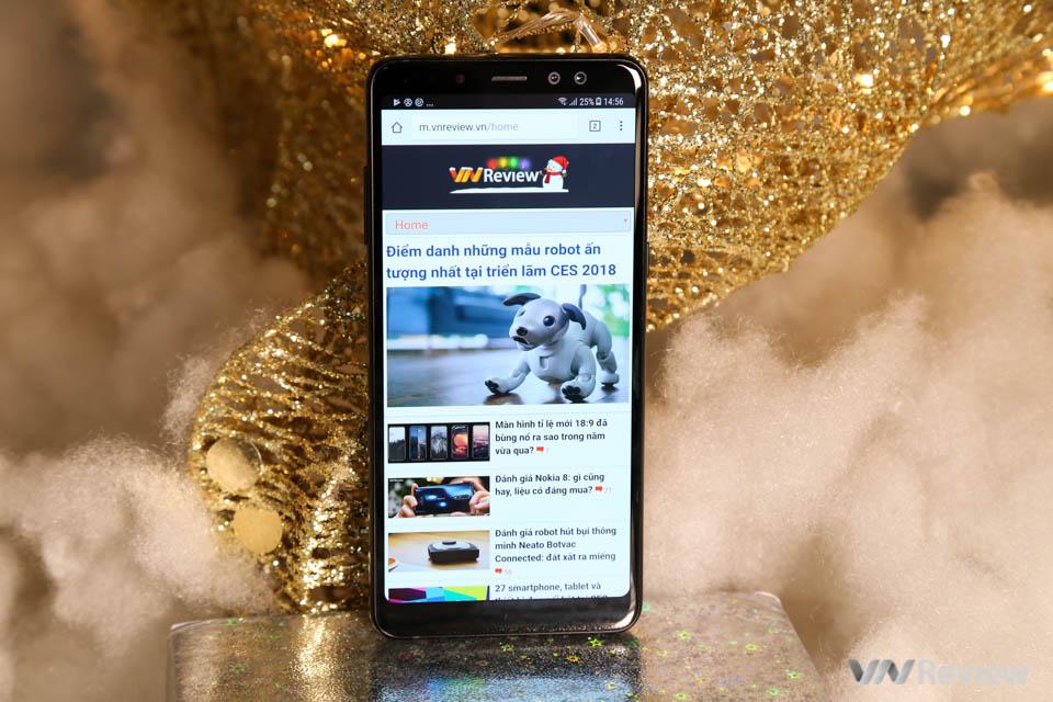 Mở hộp và trên tay Samsung Galaxy A8+ (2018): mở khóa khuôn mặt, selfie xóa phông - ảnh 2
