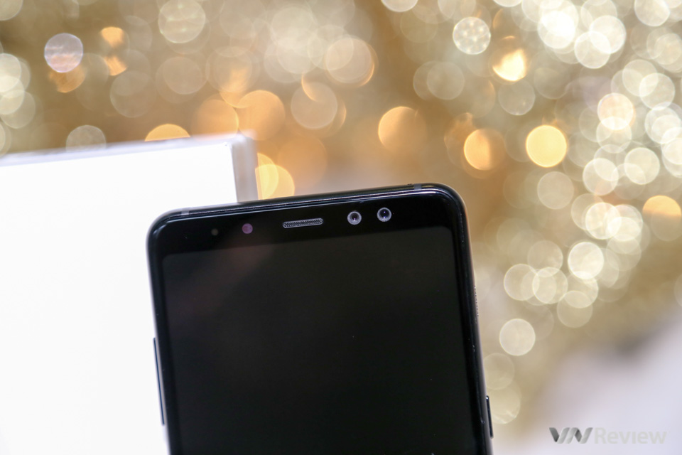Mở hộp và trên tay Samsung Galaxy A8+ (2018): mở khóa khuôn mặt, selfie xóa phông - ảnh 22