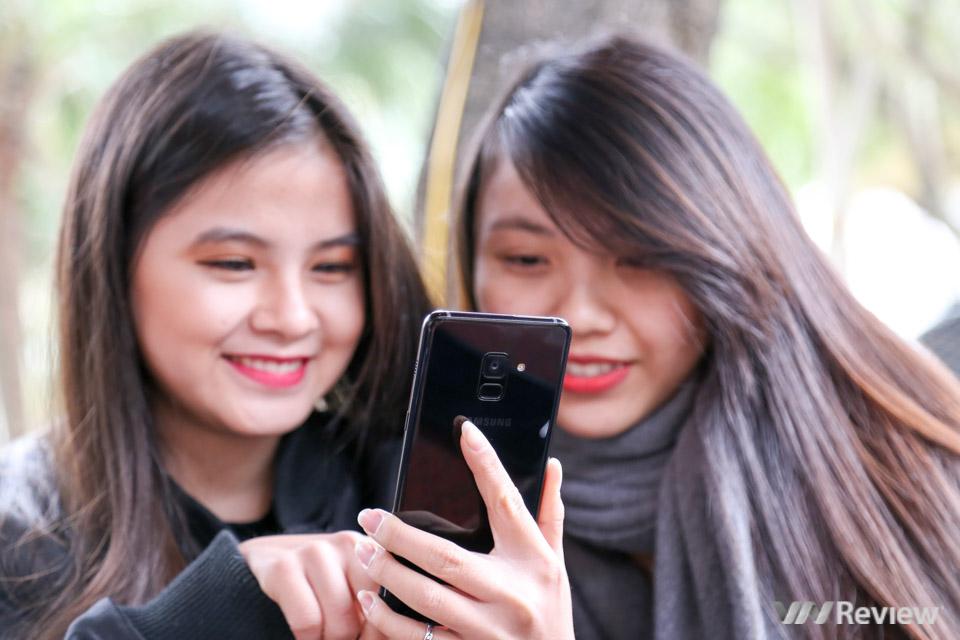 Mở hộp và trên tay Samsung Galaxy A8+ (2018): mở khóa khuôn mặt, selfie xóa phông - ảnh 29