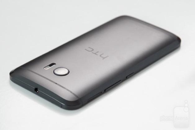 HTC 10 bản quốc tế bắt đầu nhận cập nhật Android 8.0 Oreo
