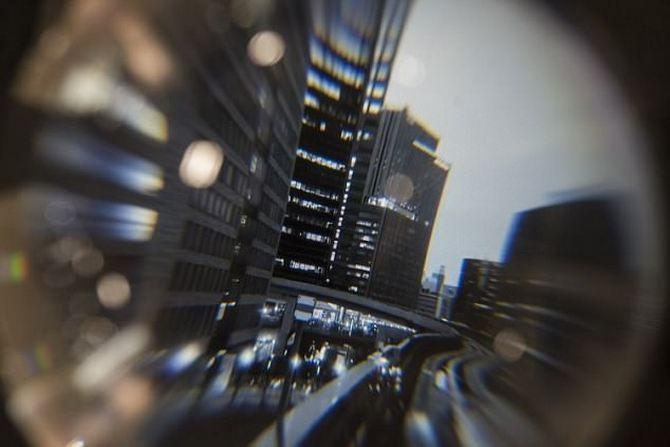 Quả cầu pha lê hiển thị video 360 độ bên trong