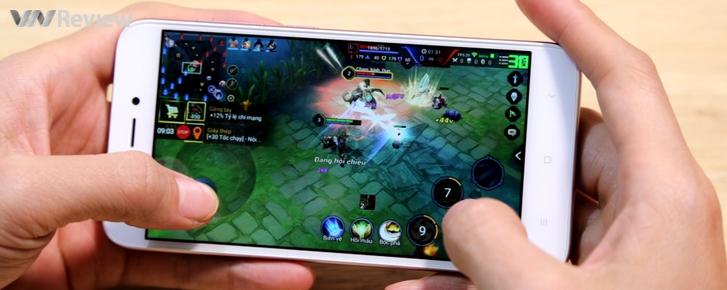 Xiaomi Redmi 5A chơi game Liên quân Mobile, Crossfire: Legends có mượt không?