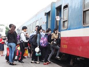 Cảnh báo nạn bán vé tàu giả trên mạng dịp Tết