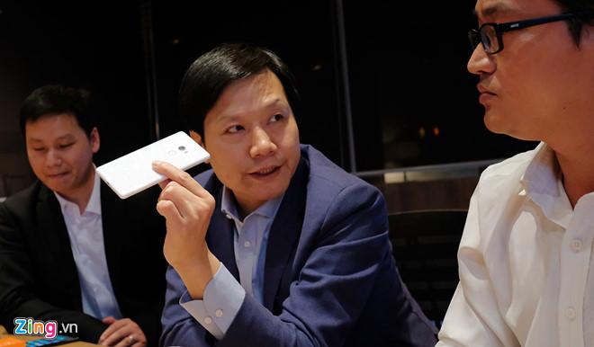 Xiaomi toan tính gì khi ra mắt smartphone giá 1,7 triệu tại VN?