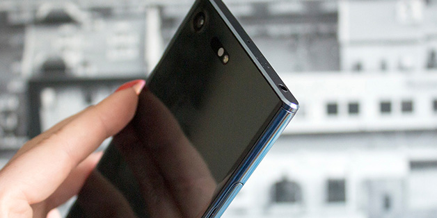 Bản thiết kế của Sony Xperia XZ Pro bị tiết lộ: màn hình chiếm trọn mặt trước, camera kép mặt sau