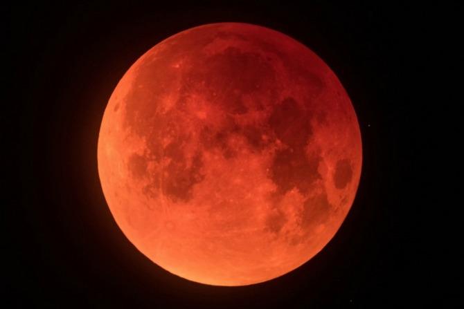 Hiện tượng kỳ thú: trăng xanh, nguyệt thực và trăng đỏ cùng diễn ra vào ngày 31/1, ở Việt Nam xem từ 18h48