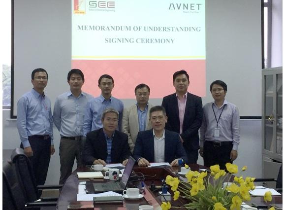 Avnet bắt tay Đ.H Bách Khoa Hà Nội triển khai chuỗi lớp học chuyên đề dành cho sinh viên ngành kỹ thuật