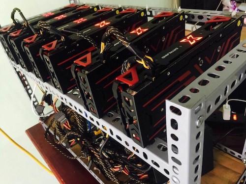 Bitcoin mất nửa giá, lợi nhuận máy 'đào' giảm sâu