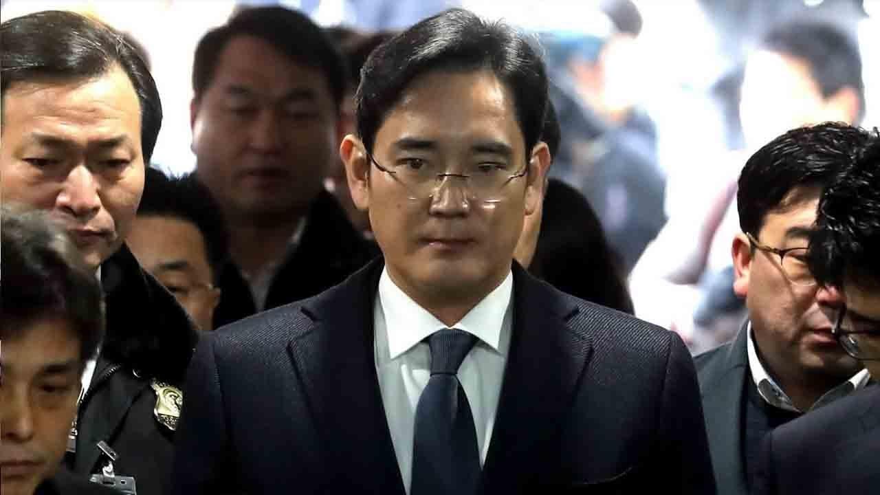 Samsung đang rơi vào một cuộc khủng hoảng thương hiệu