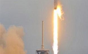 SpaceX phóng thành công tên lửa mạnh nhất thế giới, đưa ô tô Tesla của Elon Musk lên vũ trụ