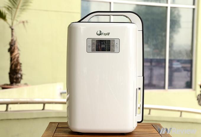 Trải nghiệm máy hút ẩm FujiE HM-916EC: hút ẩm nhanh, dùng được cho phòng ngủ và có sấy quần áo