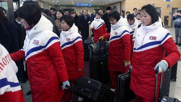 """Đoàn Triều Tiên """"kiên quyết"""" từ chối sử dụng Galaxy Note 8 của Samsung"""