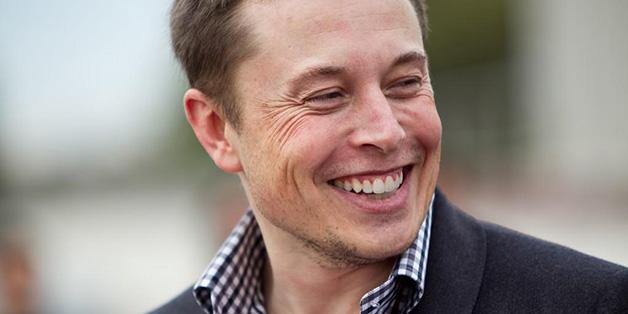 Từ súng phun lửa đến liên kết não, đây là 5 ý tưởng điên rồ nhất của Elon Musk