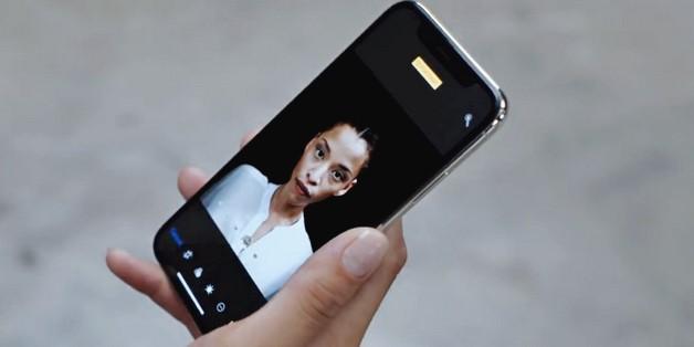 Apple khoe quá trình dày công tạo nên tính năng Portrait Lighting trong quảng cáo mới