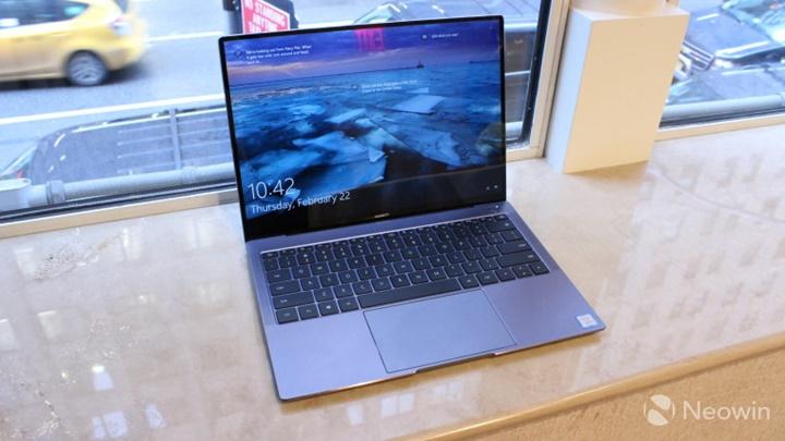 Trên tay Huawei MateBook X Pro, laptop với camera ẩn đầu tiên