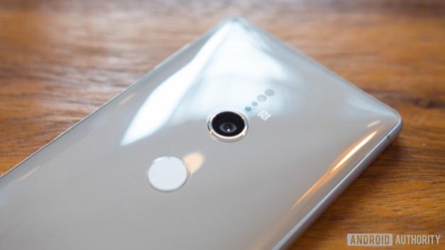 """Smartphone camera kép đầu tiên của Sony sẽ có dải ISO cực cao, chất lượng """"ngang ngửa"""" DSLR"""