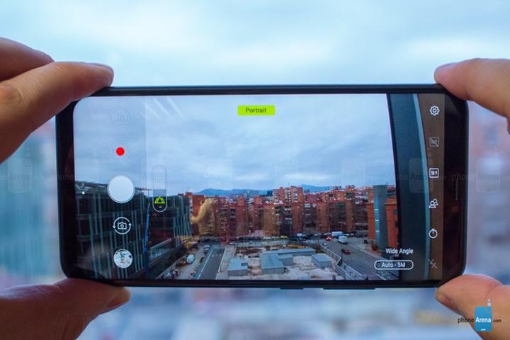 "[MWC 2018] Asus giới thiệu ZenFone 5 series: ""flagship killers"" mới"