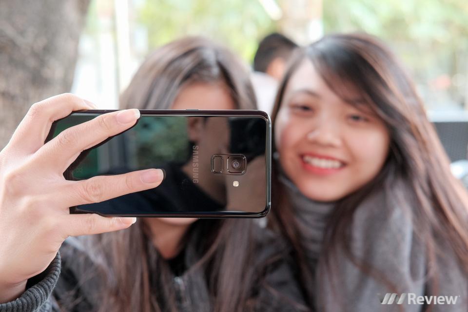 Đánh giá camera Galaxy A8+: nhấn mạnh selfie nhưng chụp thường cũng rất ổn