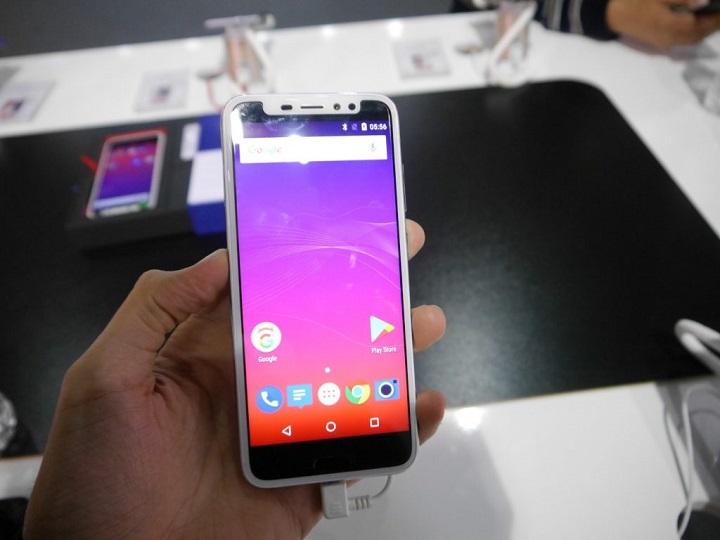 smartphone iLA X xấu nhất MWC 2018