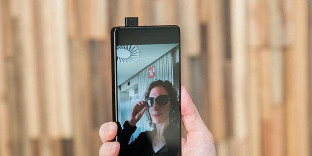 """Vivo """"đổi ý"""", sẽ sản xuất hàng loạt điện thoại concept Apex từ giữa năm nay"""