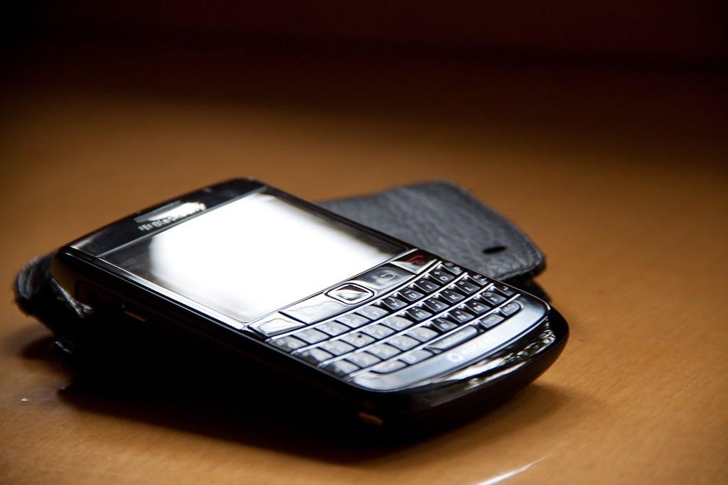 Bị người tiêu dùng ruồng bỏ, BlackBerry vẫn là sự lựa chọn số 1 của giới tội phạm có tổ chức - ảnh 2