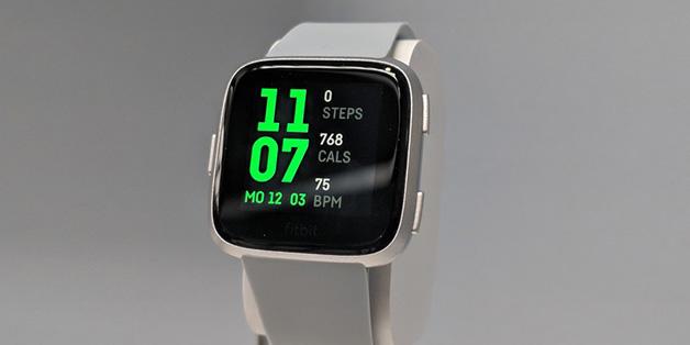 Trên tay Fitbit Versa: chiếc smartwatch nghiêm túc đầu tiên của Fitbit