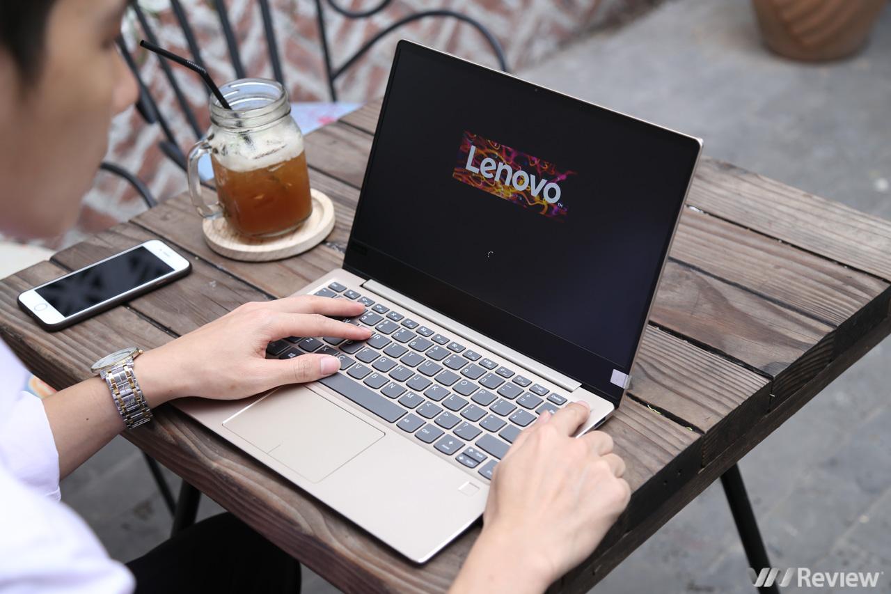 Đánh giá Lenovo IdeaPad 720S 13IKB: mỏng nhẹ, viền mảnh