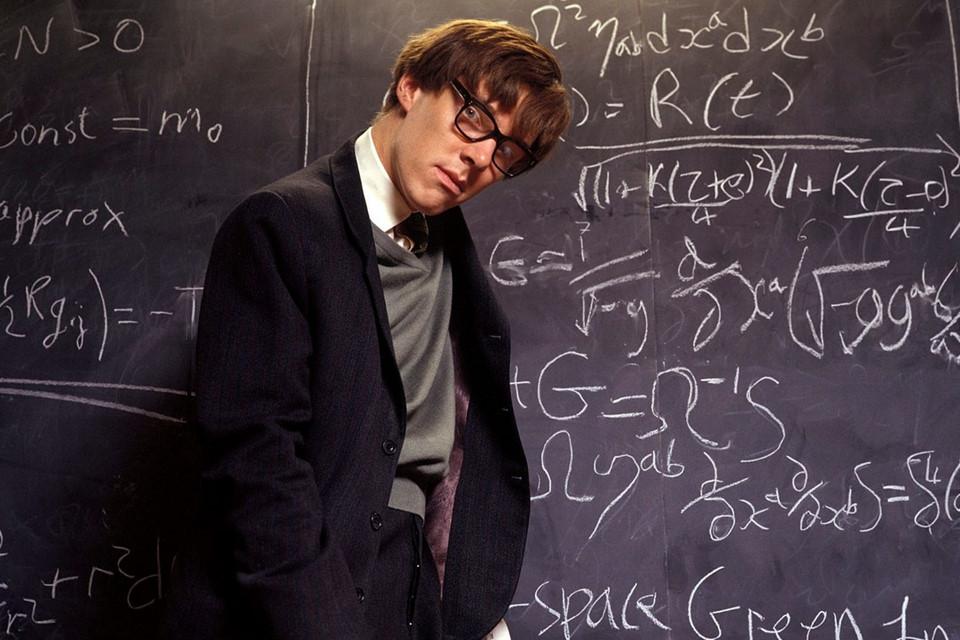 Hình ảnh thiên tài khoa học Stephen Hawking trên màn bạc