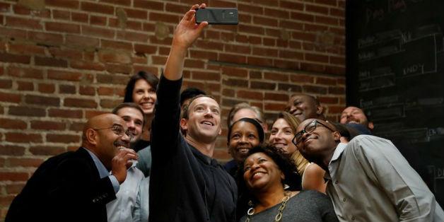 Tính năng chia sẻ dữ liệu của Facebook lại biến thành thảm họa như thế nào?