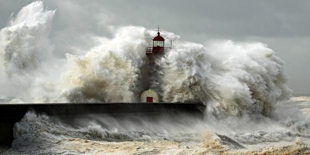 Các hiện tượng thời tiết cực đoan đang ngày càng xảy ra thường xuyên hơn