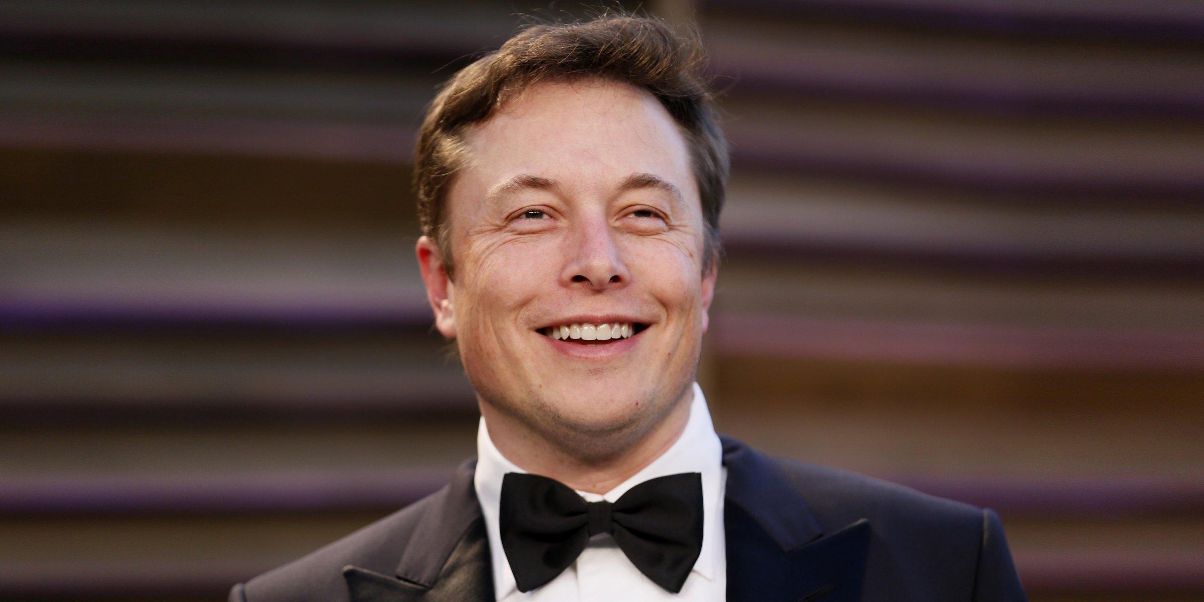 Bị thách thức, Elon Musk xóa trang Facebook của cả Tesla lẫn SpaceX