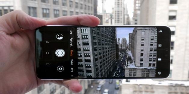 Trên tay Huawei P20 và P20 Pro: thiết kế nhiều nét tương đồng iPhone X, camera ấn tượng