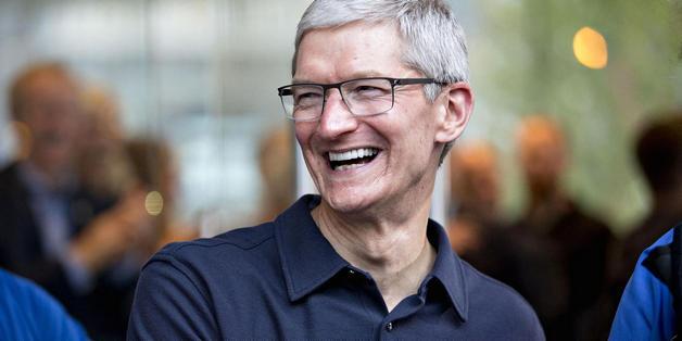 CEO Tim Cook lý giải tại sao iPhone lại bảo mật hơn điện thoại Android