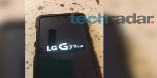 """LG G7 ThinQ lộ ảnh thực tế trước giờ """"G"""", lại có tai thỏ"""