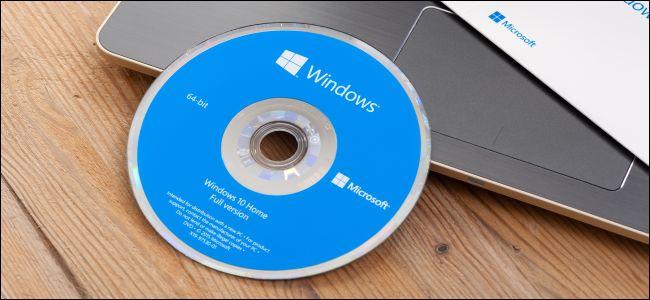 Phiên bản 64-bit của Windows còn được biết đến là phiên bản x64 của  Windows, trong khi đó phiên bản 32-bit còn được gọi là phiên bản x86.