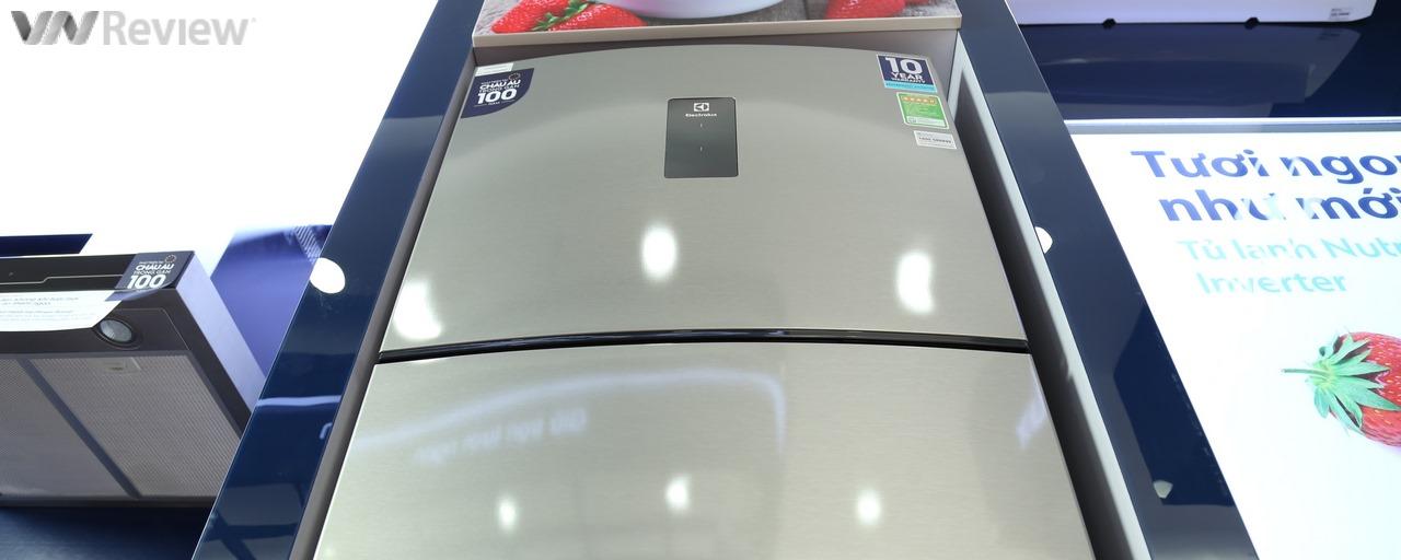 Đánh giá tủ lạnh Electrolux Nutrifresh Inverter EME3500MG: ngăn đa năng linh hoạt sáng giá