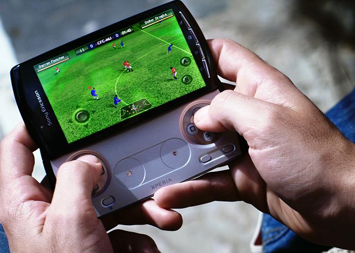 Giữa trào lưu smartphone chơi game: Liệu Sony có hồi sinh Xperia Play? - ảnh 1